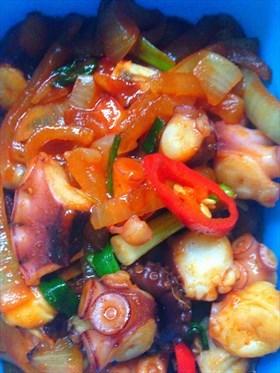 Nakji Bokkeum (Spicy Octopus Stir fry)