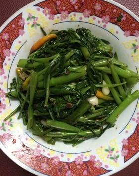 ผัดผักบุ้งจีนเต้าเจี้ยว