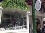 Caturday Cafe (Coco walk)